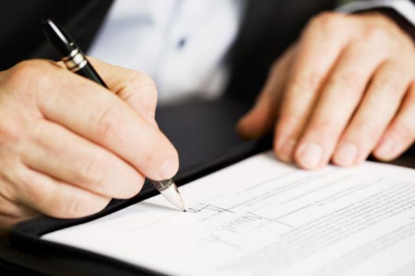 Hoạt động công chứng khác theo quy định của pháp luật như: Công bố di chúc; cấp bản sao các hợp đồng giao dịch được lưu trữ tại văn phòng