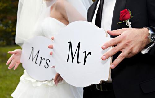 Đảng viên kết hôn với người nước ngoài có bị xử lý kỷ luật?