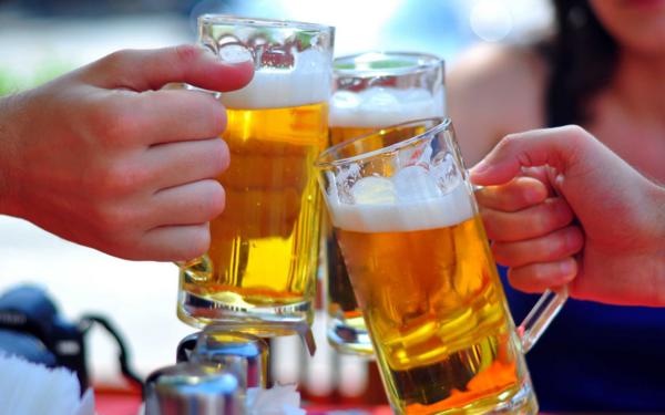 Phạt đến 1 triệu đồng nếu uống rượu, bia trong công viên