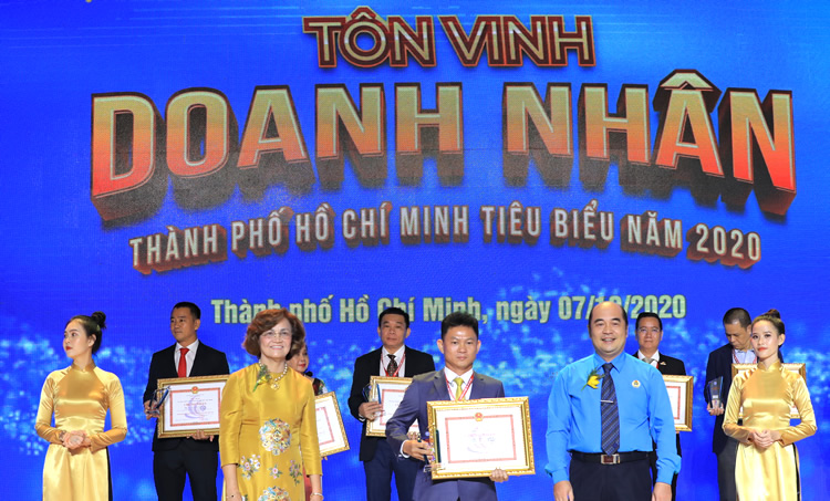 THE FOUNDING CHAIRMAN OF THINH TRI VINH LAW SYSTEM RECOGNIZED THE TYPICAL BUSINESS IN HO CHI MINH CITY 2020